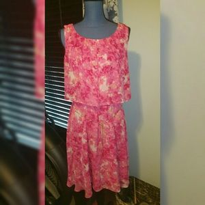 Calvin Klein floral dress w/chain belt, like new